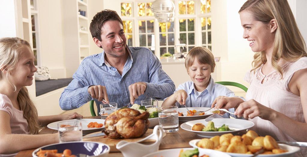 Al menos una comida al día en familia (cena)