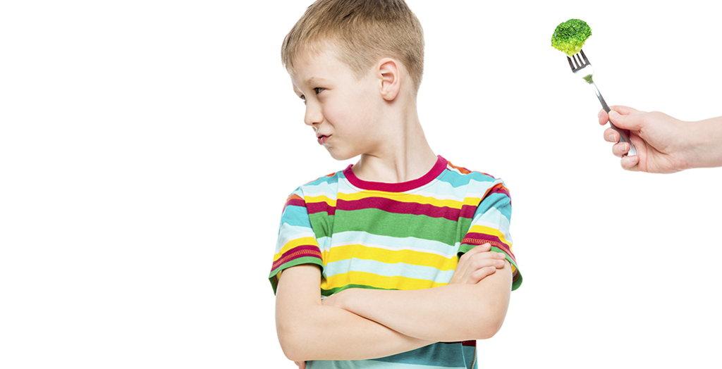 Ante la negativa del niño de comer o acabar el plato