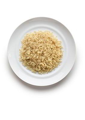 7-12 años: Arroz, cuscús o quínoa 10 cucharadas soperas en cocido. 50-60 gramos en crudo