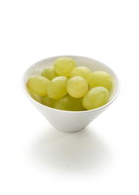 Uvas, cerezas o frutos rojos 1 bol