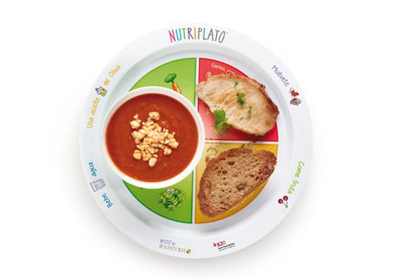 Receta: Gazpacho y tostadas con lomo
