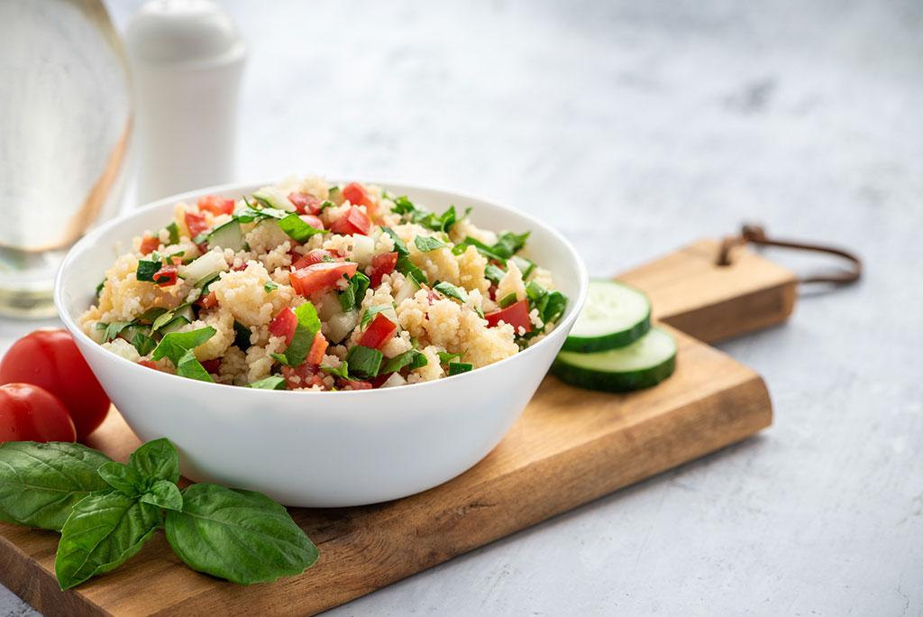 Receta de ensalada de cuscús con verduras y pollo